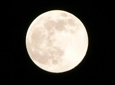 満月くっきり写真