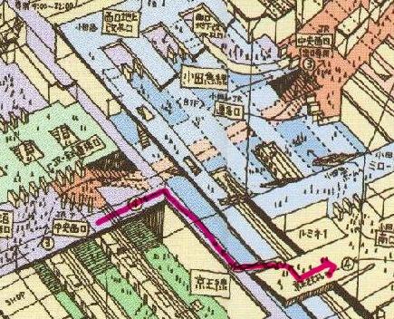 新宿駅中央西口から南口へ